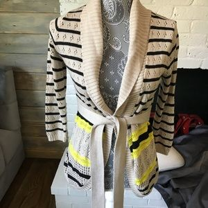 The Limited XS Sweater with wrap belt